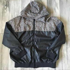 Staple Pigeon Brand Cement Jacket